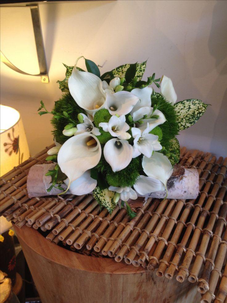 Bouquet de mari e inspirations de lys calla tons de vert for Bouquet de fleurs vert et blanc