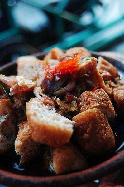 Tahu gejrot, Indonesia #Indonesian recipes #Indonesian cuisine #Asian recipes #Asian cuisine http://indostyles.com/