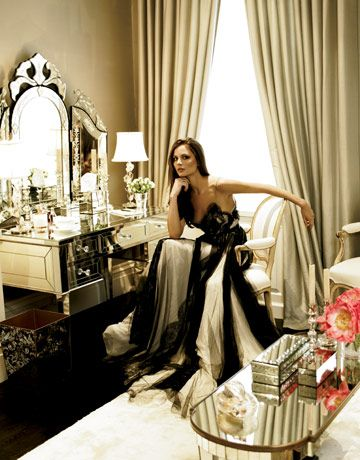 Wish I had a vanity like hers, not to mention the stunning dress aswell.