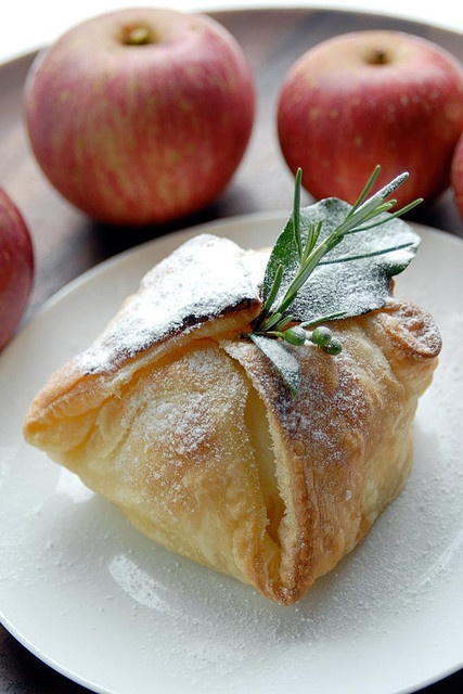 Vanilla Apple in Puff Pastry