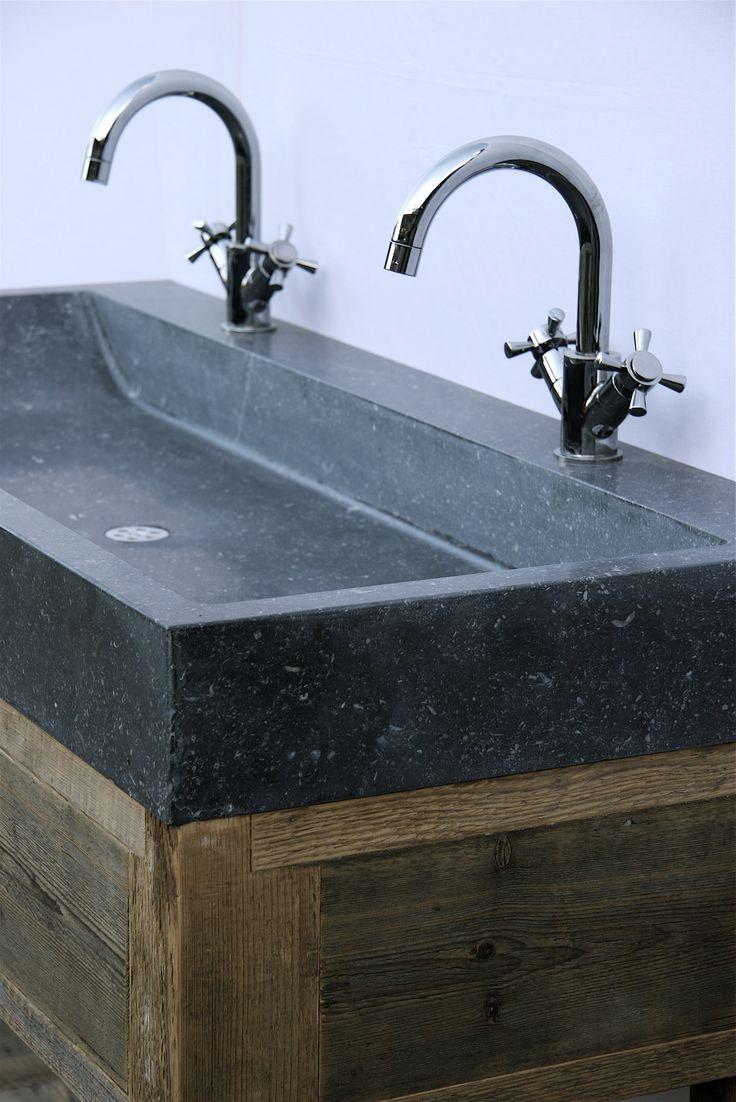 badkamermeubel oud hout en natuursteen, op maat gemaakt www.oudebouwmaterialen.nl