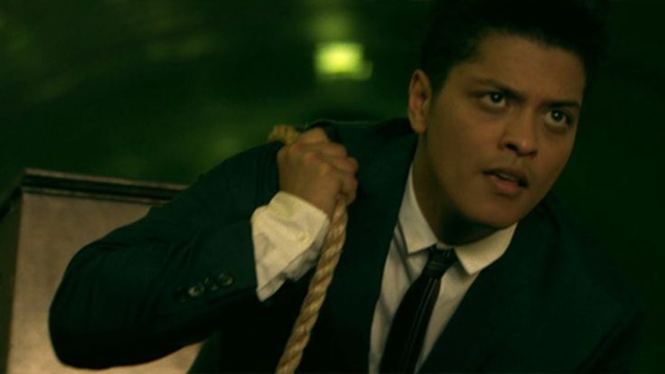 Bruno Mars - Grenade [OFFICIAL VIDEO]TO most of YOU who call YOURSELF the FUTURE of OUR PARTY ... THERE can NEVER be A FUTURE for ALL if you don't include all the PEOPLE .... NOT JUST A FUCKING PARTY ....!!!!