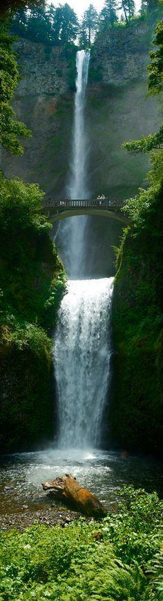 Multnomah Falls, Oregon, US