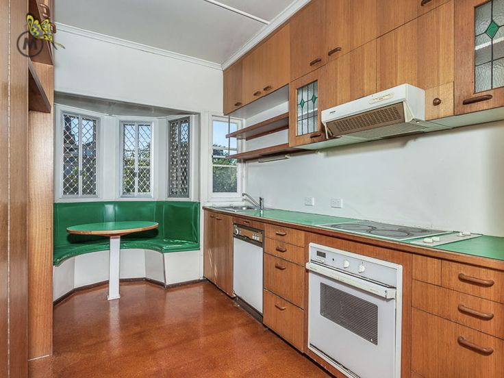 Loving the bay window in the #kitchen!