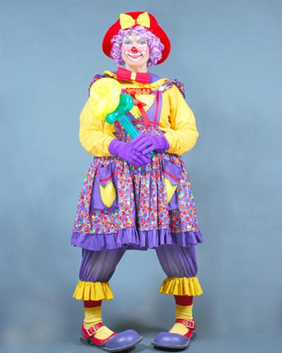 GIGGLES    AKA KRIS SCHWARZ    A MEMBER OF FAITH CHRISTIAN CLOWNS - now this is the scariest of clowns!! O.o LOL
