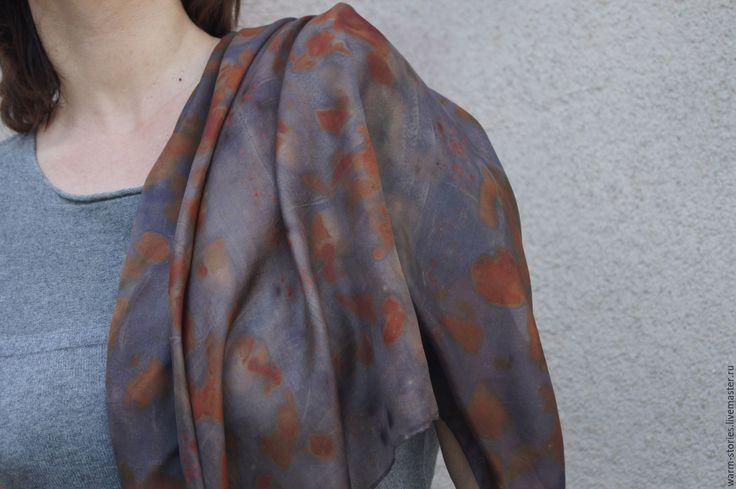 Купить Шарф шелковый Солнечные блики, ручное окрашивание, эко принт - темно-серый, оранжевый