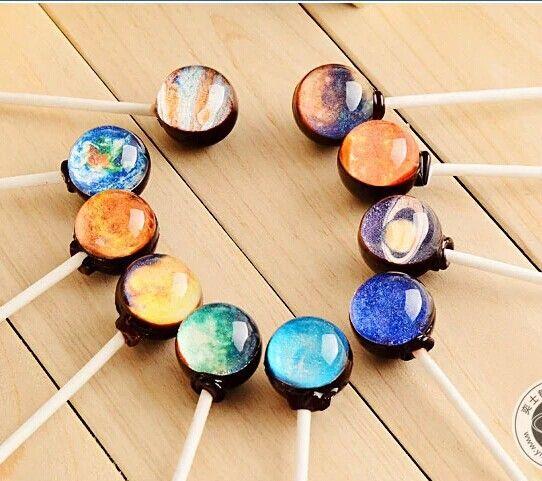 ヴィンテージ・コンフェッティのキャンディは飴の中に宇宙が見える宇宙好きな彼にバレンタインプレゼント、間違いなく喜ぶ一品!