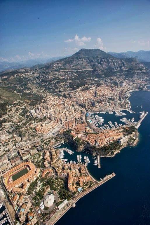 In volo sopra Monte Carlo!