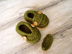 Ravelry: Little Loafers pattern by Cassi Ence