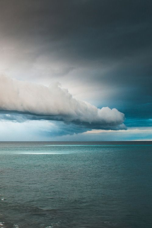 Clouds on the ocean