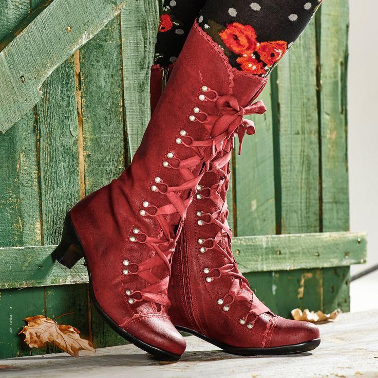 Drindl Die aufregendsten Schuhe seit es Stiefel gibt. Die richtige Mischung  aus verspielt und klassisch 846502dca1