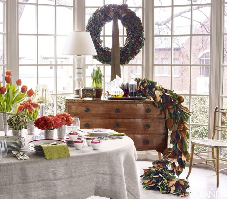 Tour An Alabama Design Studio Completely Transformed By Christmas Decorations