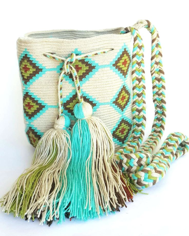 Alynshop - Wayuu Bag-Pattern Mint Blue Tribe, $99.00 (http://www.alynshop.com/wayuu-bag-pattern-mint-blue-tribe/)