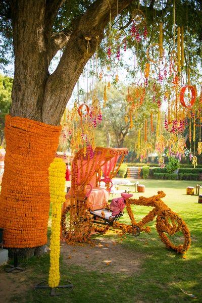 genda phool rickshaw, floral rickshaw, unique props, dream catchers