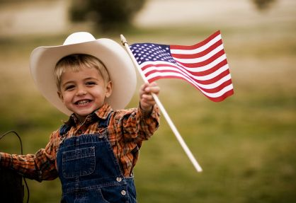 Google Image Result for http://theconservativetreehouse.files.wordpress.com/2011/06/patriotic-cowboy-kid.jpg%3Fw%3D640