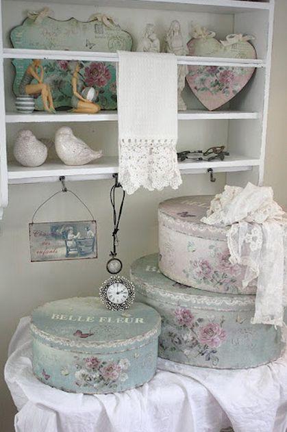 25 best ideas about d coration shabby chic sur pinterest chambre vintage shabby chic et. Black Bedroom Furniture Sets. Home Design Ideas