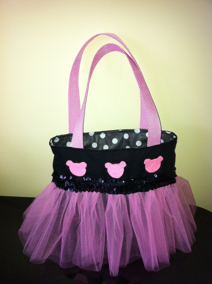 Minnie Mouse tutu bag   (For my 3 year olds upcoming Disneyland trip!)