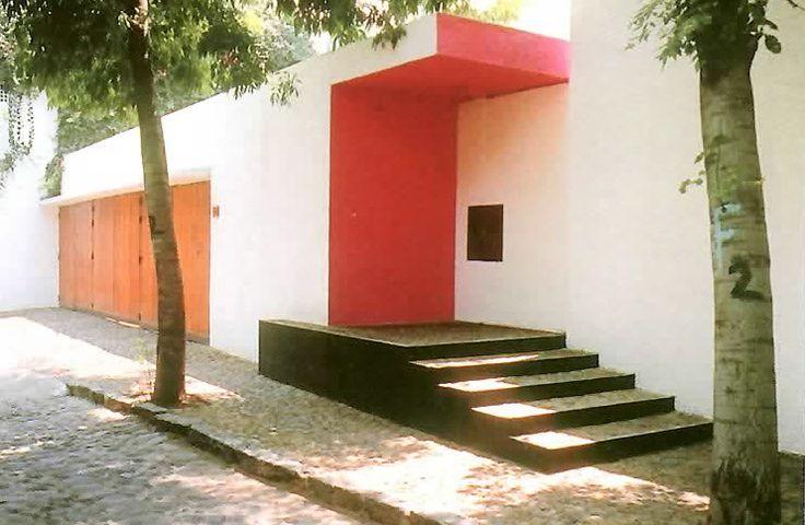 Casa Gálvez, calle Pimentel 10, Chimalistac, México DF, 1955    Arq. Luis Barragán    Foto. Armando Salas Portugal -    Galvez House, Chimalistac, Mexico City, 1955
