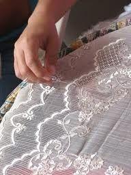 embroidery-of-Lumban-Laguna.jpg 192×256 pixels