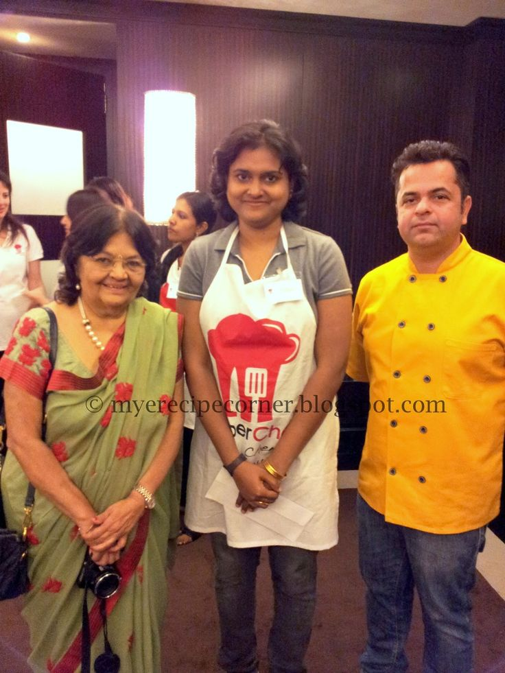 Myself (Mythreyi Dilip) with tv celebrity Chefs Taral dalal and Vicky Ratnani.