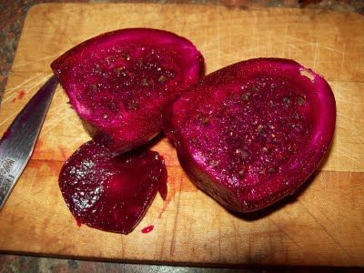 Ripe Prickly Pears: How to clean and prepare them for making Prickly Pear Jelly