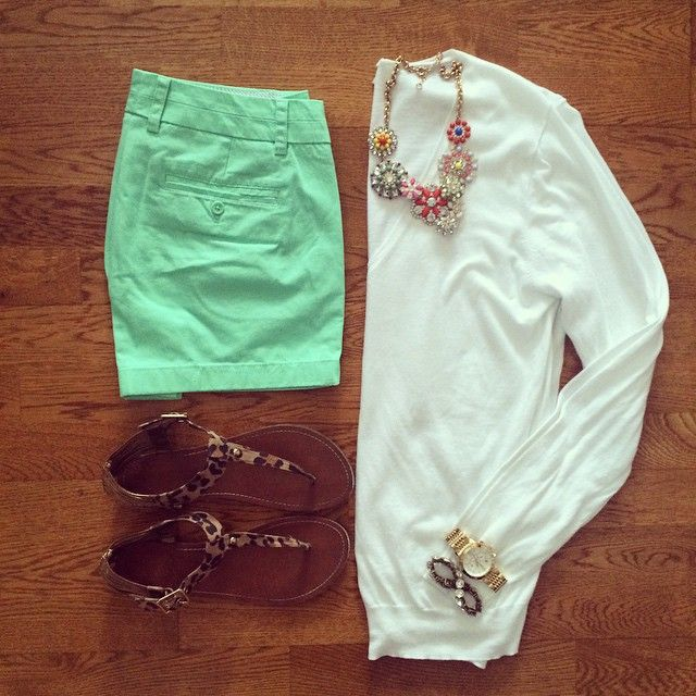 J.Crew Chino Shorts, White Sweater, Leopard Sandals | #weekendwear #casualstyle #liketkit | www.liketk.it/1l0UN | IG: @whitecoatwardrobe