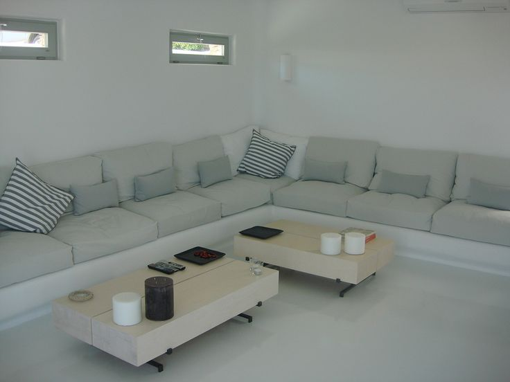 Private house renovation in Mykonos / Nino Dogiou · Architect