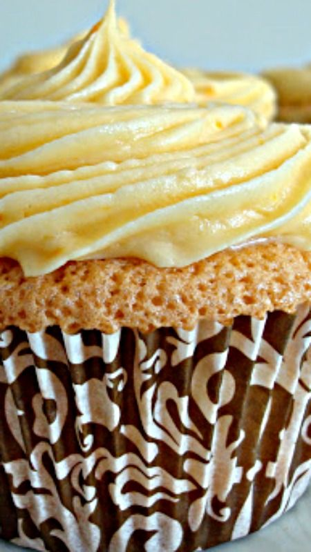 Orange Chiffon Cupcakes ~ These cupcakes are so light and airy...  the most delicious cupcakes ever.