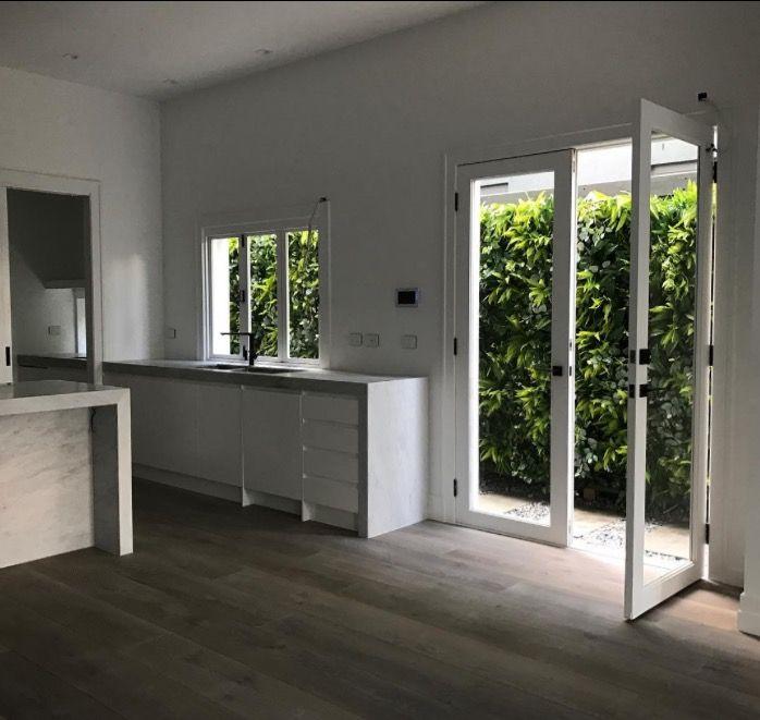 Stunning out door artificial vertical garden