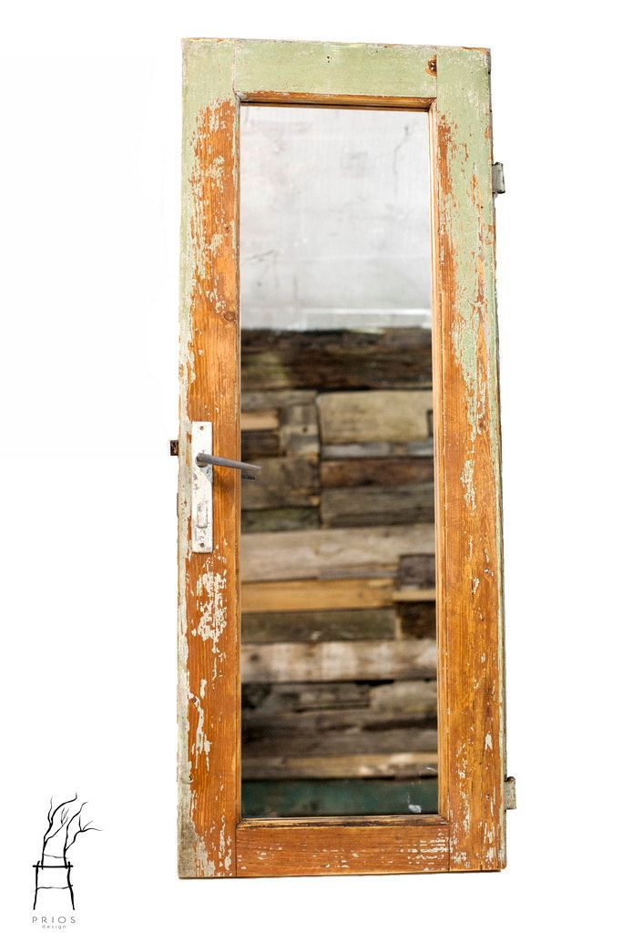 Framed mirror. Made from an old door. Reclaimed wood. by PriosTeam on Etsy