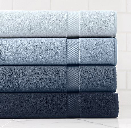stacked bath towels for ombre effect