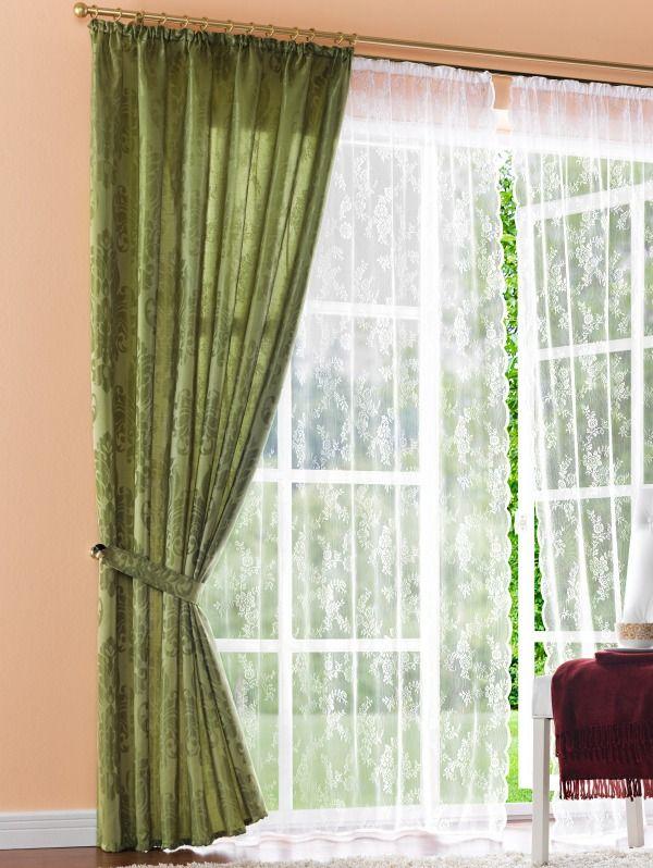 Overgordijnen Als ze dicht zijn, dan zie je er helemaal niets doorheen. Ook houden ze de kou buiten. Ze worden op maat gemaakt bij gordijnenwinkel Beste Gordijnen Specialist http://www.bestegordijnen.com/