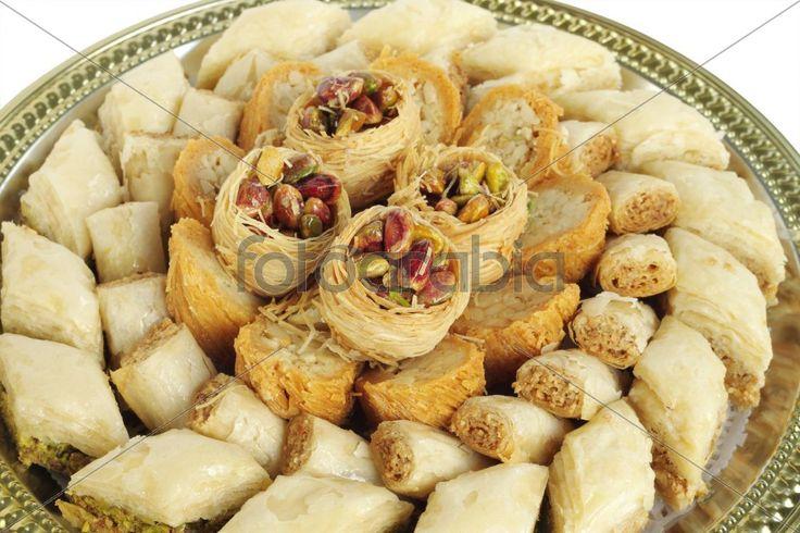 Bird nest, burma and finger cashew baklava