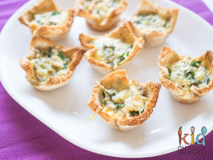 These fabulous bacon mushroom spinach breakfast egg cups are the perfect breakfast to get little brains going! Freezer and kid friendly!