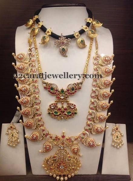 Jewellery Designs: Light Weight Mango Mala Choker