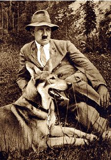 Adolf Hitler e diritti degli animali.