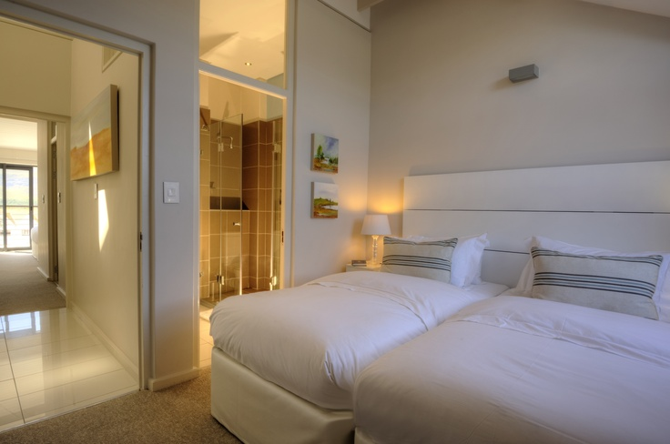 Whale Coast Hotel 2 bedroom apartment: 2nd Bedroom