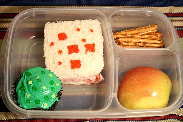 Super basic Minecraft lunch - so easy!