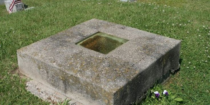 Are you brave enough to look into Timothy Clark Smiths grave with a window? | Posted on Roadtrippers.com!