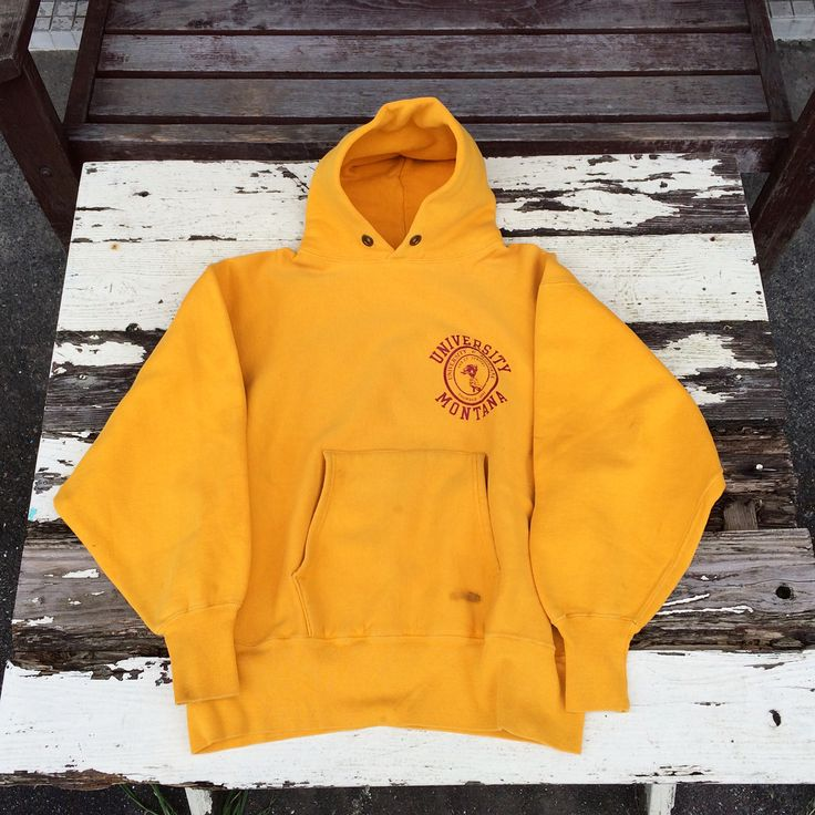 """64 Likes, 1 Comments - S.Takashi (@ynot877) on Instagram: """"Yellow 70'S champion R/W #vintage #vintagestyle #champion #reverseweave #70s #sweatshirt #hoodie…"""""""