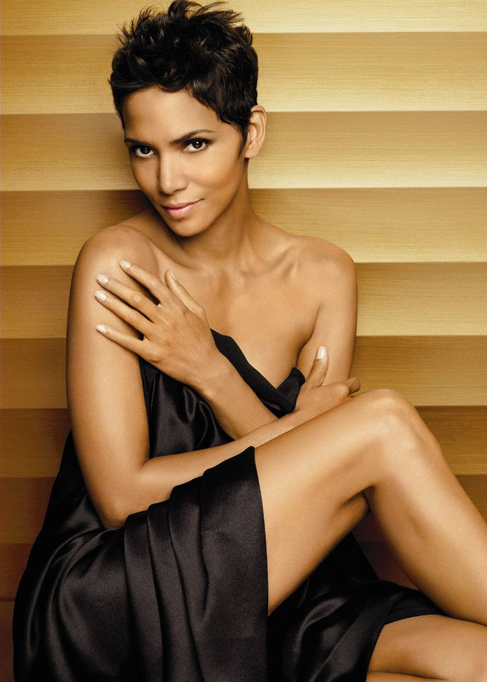 Best 25 Halle Berry Haircut Ideas On Pinterest Halle