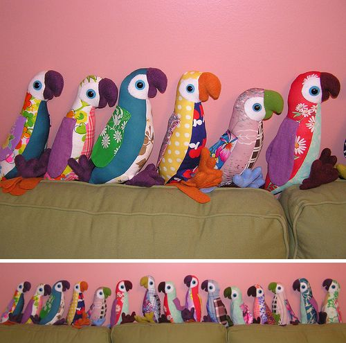 Patchwork parrots. This is a really great idea and they are so cute! A set of two or three would make a really snazzy gift.