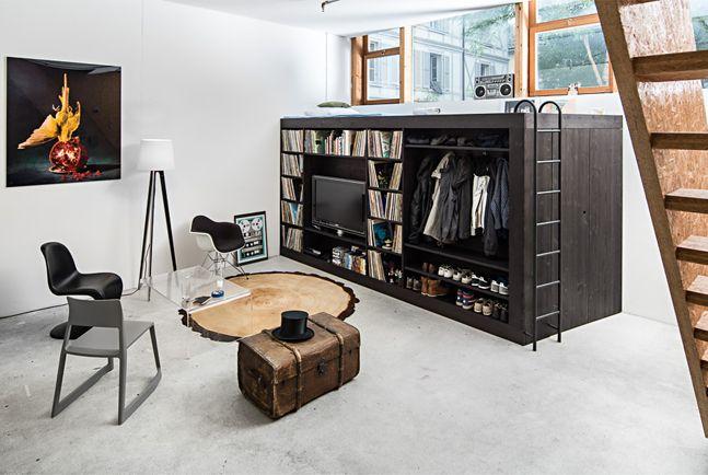 The Living Cube: Multifunctioneel meubelstuk voor kleine woonruimte  <3 die schijf boomstronk/tapijt is ook heel mooi!