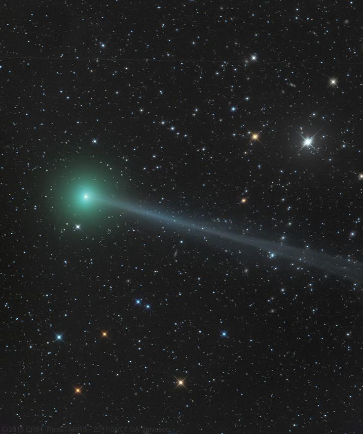 Cometa C/2015 ER61 PanSTARRS di Adriano Valvasori. Cometa C/2015 ER61 ripresa pochi giorni dopo il suo otuburst.  Data e Ora di acquisizione 7 Aprile 2017 alle 17:41. I dettagli della ripresa al link.