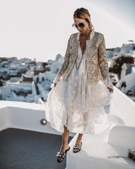 If stocking up on summer gear for just two months of the year doesn't seem worth it, you'll be happy to know there are stylish summer outfits you can craft from your existing wardrobe.