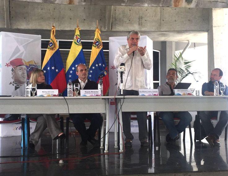"""@DrodriguezVen : RT @mauricioRG28: """"Cultivando Patria"""" descubre un país en movimiento creciente q renueva la esperanza. Se demuestra q el campo es la solución. @wcastroPSUV"""