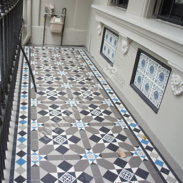 Olde English Tiles Australia - Fitzroy pattern with Norwood border
