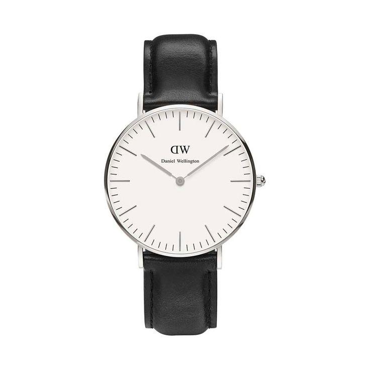 Daniel Wellington (serienummer: DW00100053), klassisk klokke med svart skinnrem, finnes på Bjørklund til 1549,-