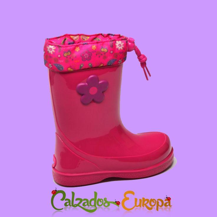https://www.calzadoseuropa.es/botas-de-agua/bota-agua-igor-en-fucsia-con-flor-modelo-pipo-52761.html