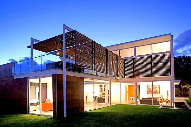 Ứng dụng nhà thép tiền chế vào xây dựng những công trình nhà thép tiền chế 2 tầng được chúng tôi đánh giá rất cao về tính thẩm mỹ cũng như chất lượng kết cấu. Một số mẫu nhà tiền chế 2 tầng đẹp mọi người đừng bỏ qua nhé.